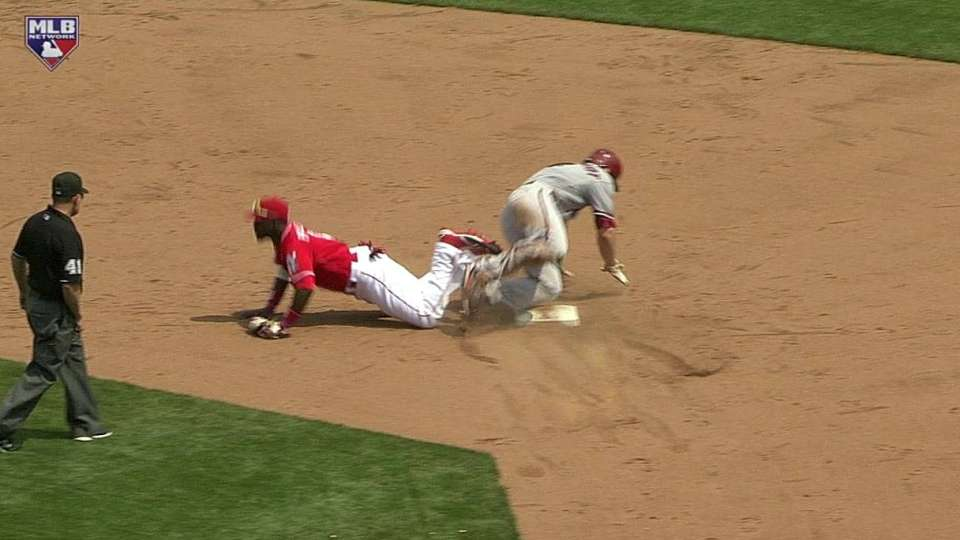 Frazier, Phillips get the out