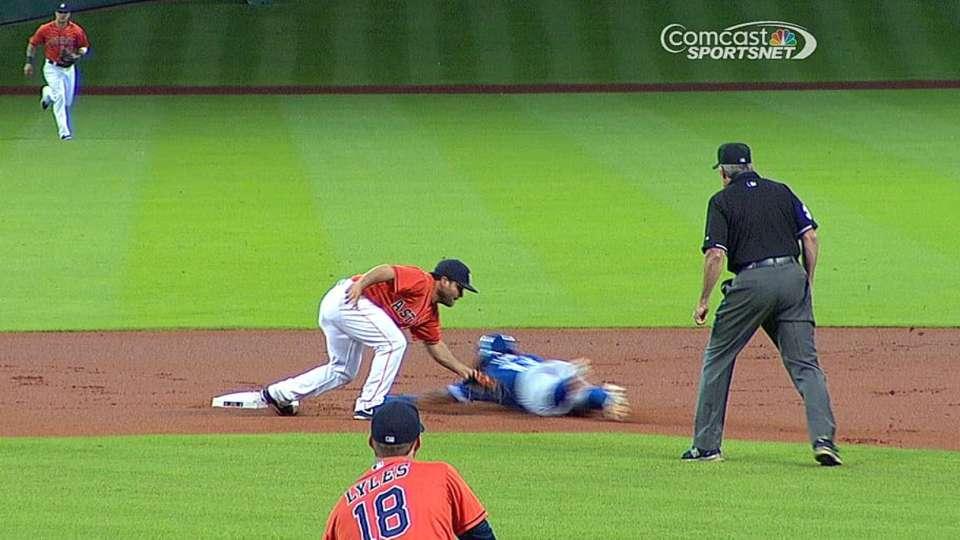 Castro throws out Davis
