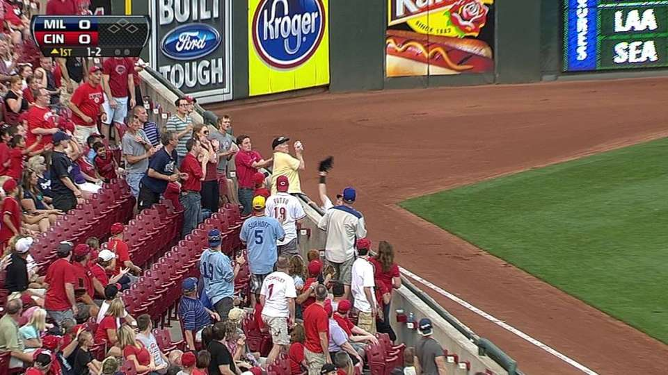 Fan makes grab over Ludwick