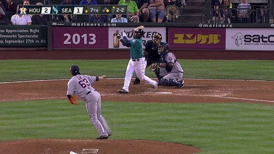 Almonte's first career homer