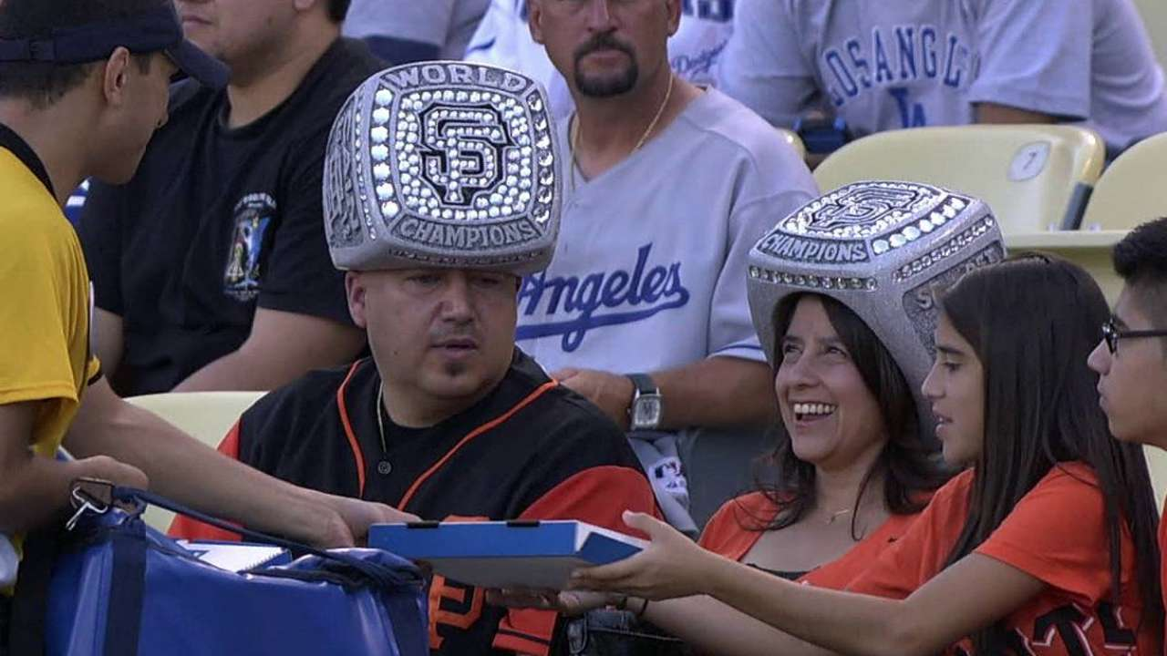 classic fit 475a1 7a429 San Francisco Giants fans wear World Series ring hats | MLB.com