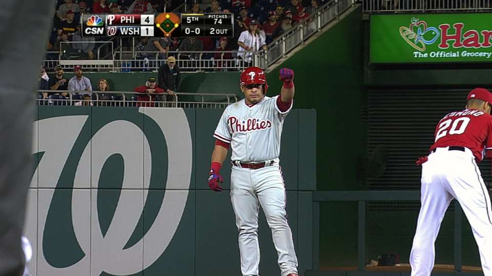 Ruiz empujas tres con doblete
