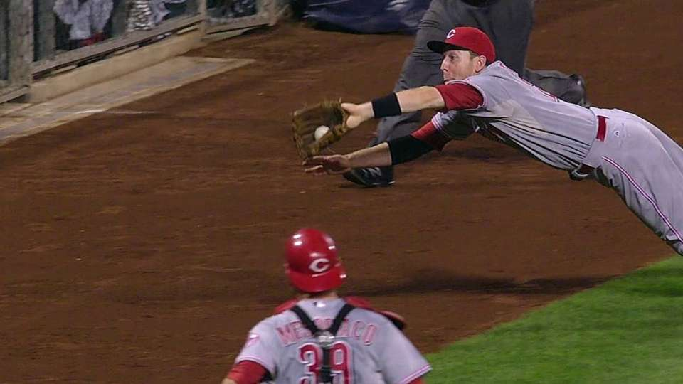 Frazier's diving grab