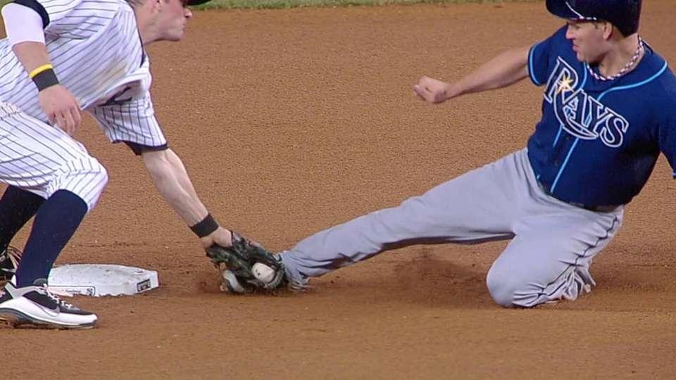 Murphy throws out Scott