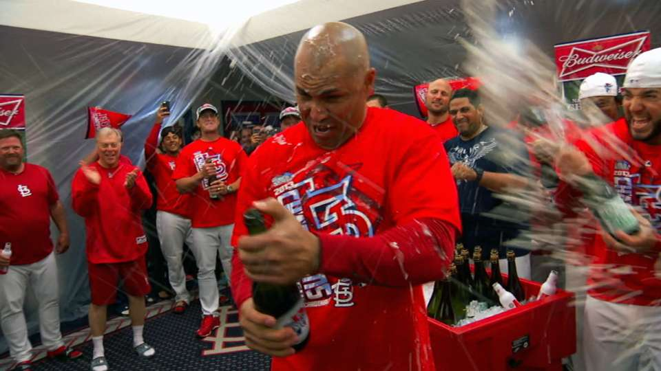 Cardinals NLCS champagne flows