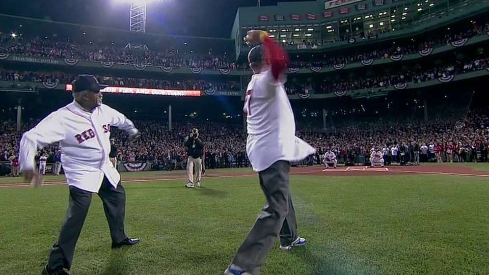 Tiant, Fisk throw first pitch