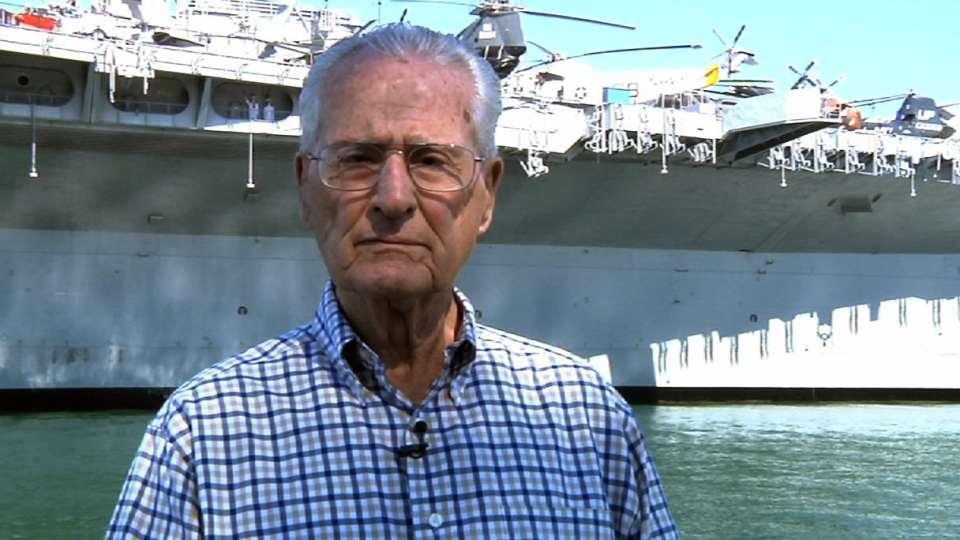 Jerry Coleman salutes veterans