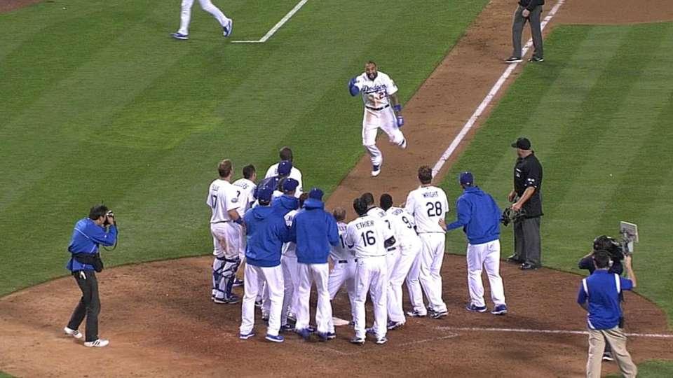 Kemp's walk-off homer
