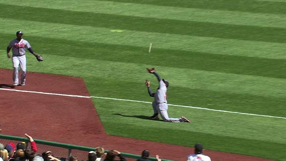 Simmons' amazing catch