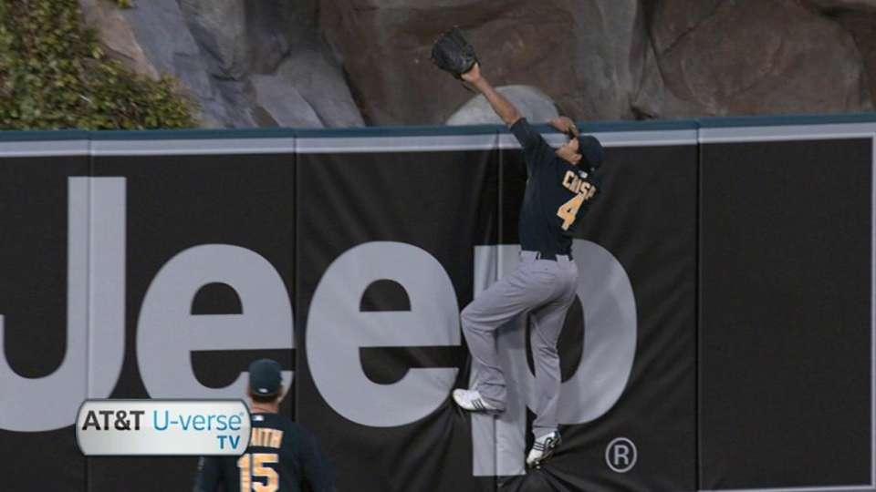 Morales' three-run homer