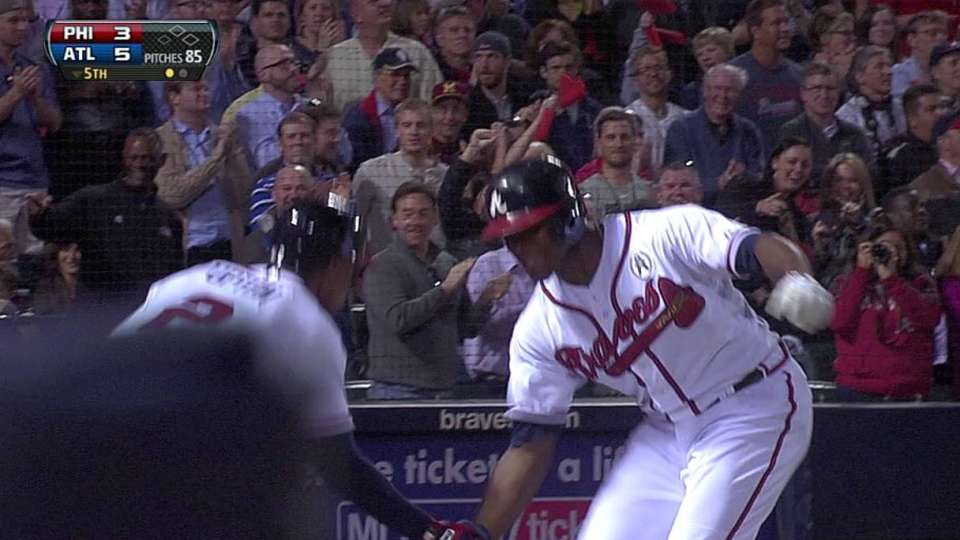 J. Upton's solo homer