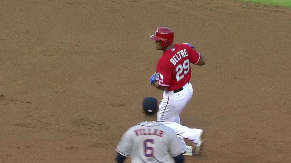 Andrus scores on double steal
