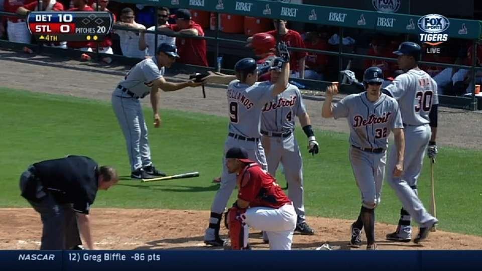 Tigers' eight-run inning