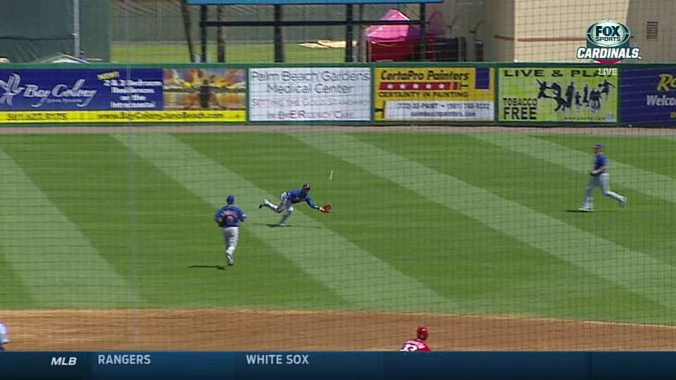 Lagares' slick diving catch
