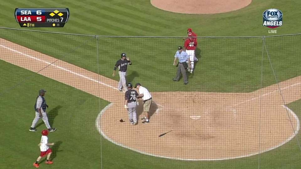 Dowd's RBI hit-by-pitch