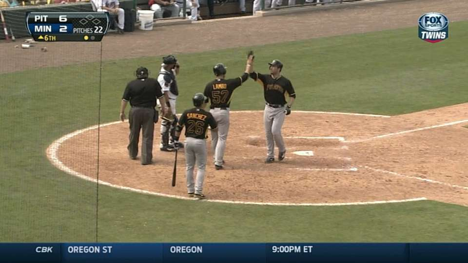Ishikawa's two-run homer