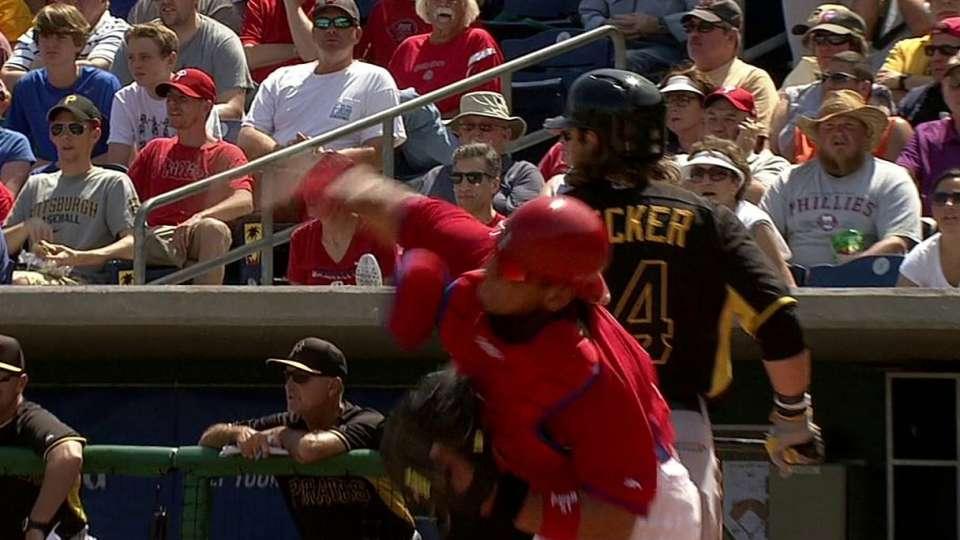 Ruiz catches Sanchez stealing