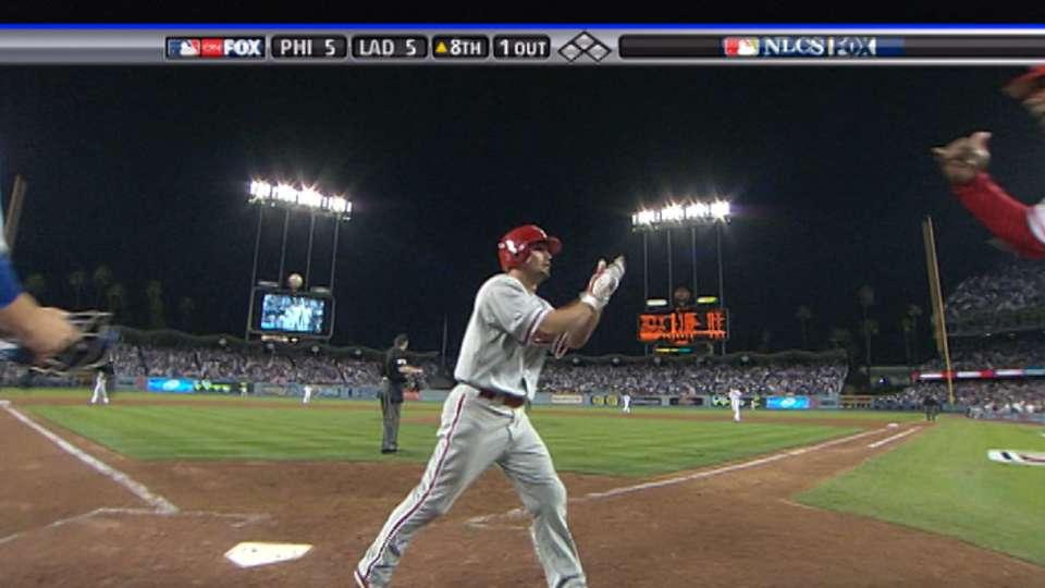 Victorino's two-run homer