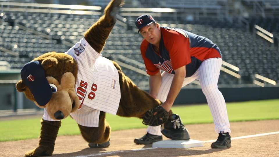 How to play first base, Hrbek