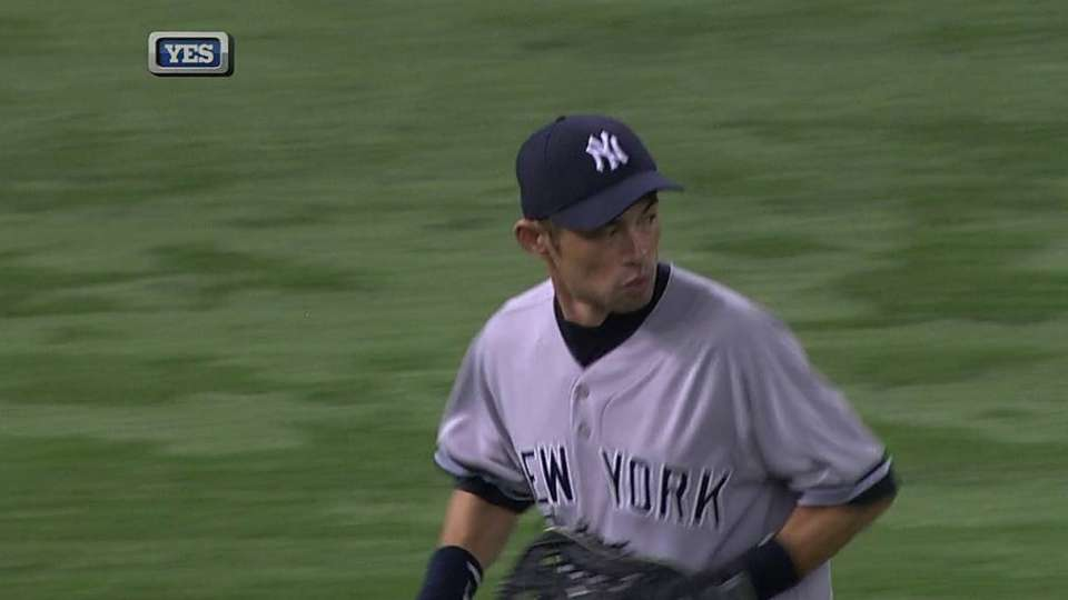 Ichiro's sliding grab