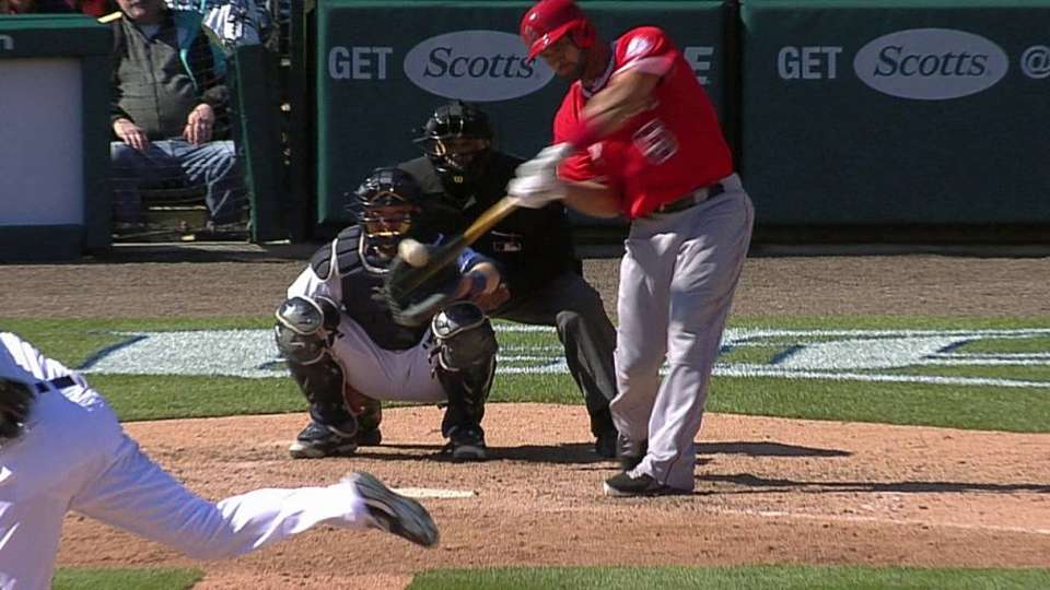 Pujols' solo home run