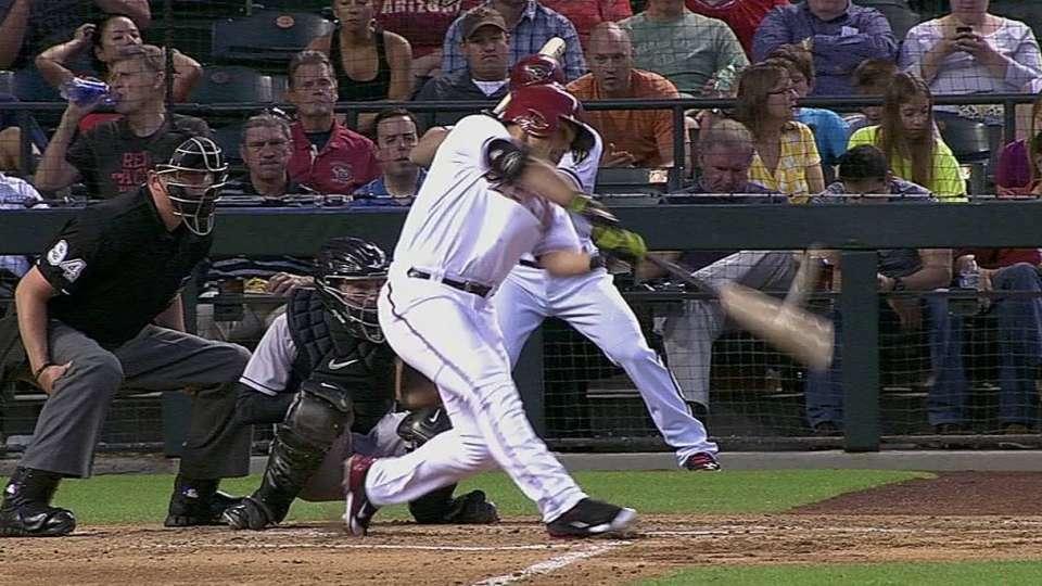 Parra's line-drive solo homer