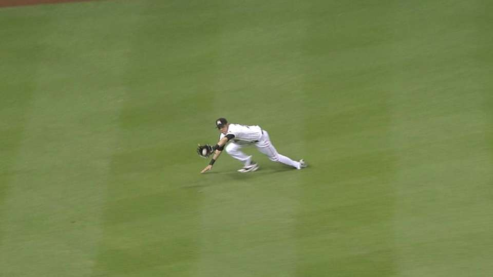 Yelich's diving catch