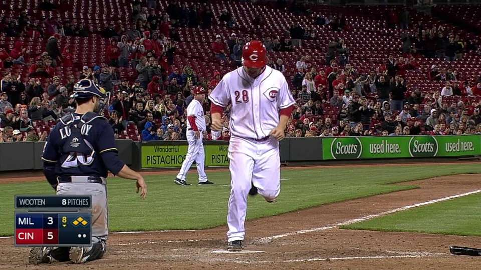 Frazier's RBI walk