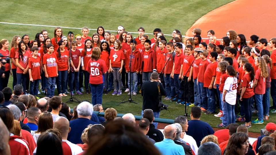 5/2/14: Phillies national anthem