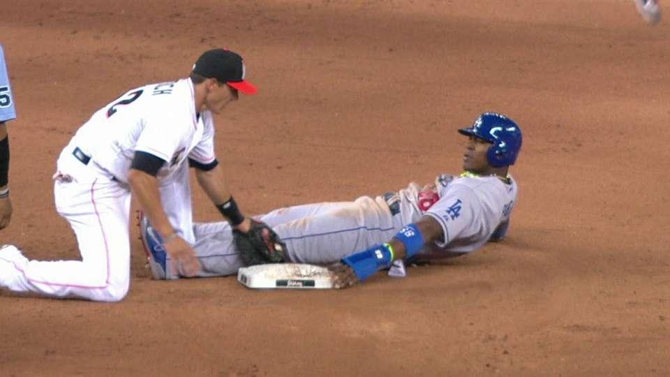 Dodgers challenge play