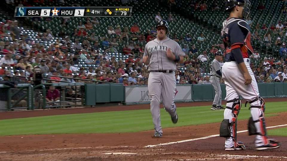 Saunders' RBI single