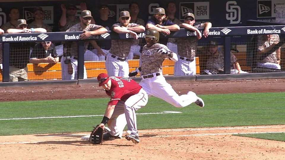 Padres challenge out call