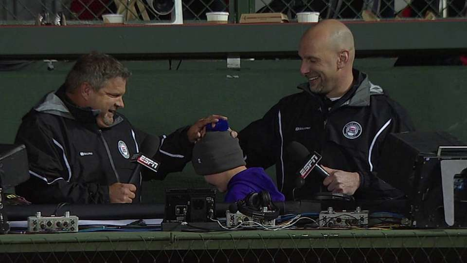 Shulman and Kruk sing at stretch