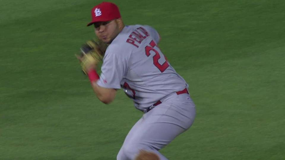 Peralta, Adams combine for out