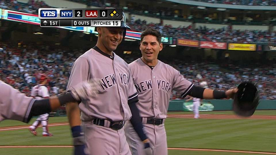 Yankees score five in the 1st