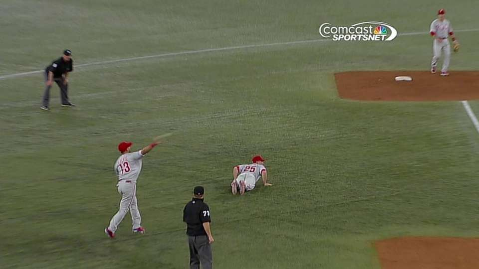 Galvis' strong throw