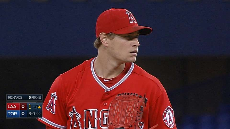 Richards' solid outing