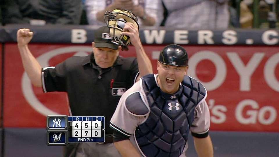 Yankees fan one, nab one