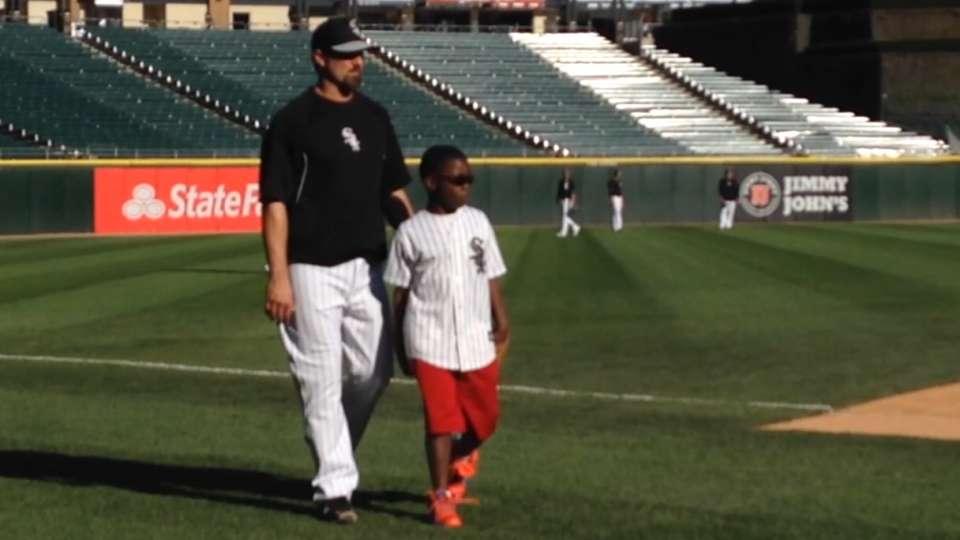 Konerko's day with White Sox fan