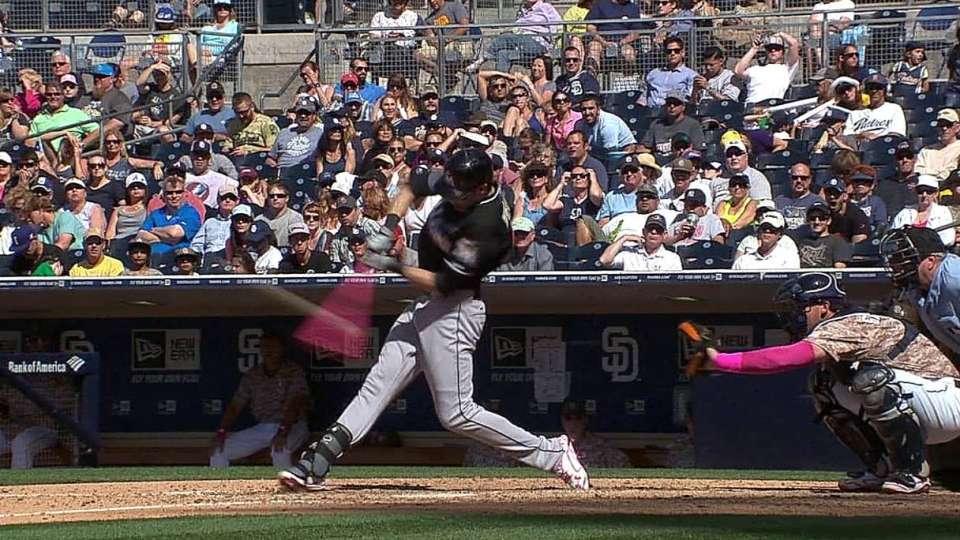 Yelich's solo home run