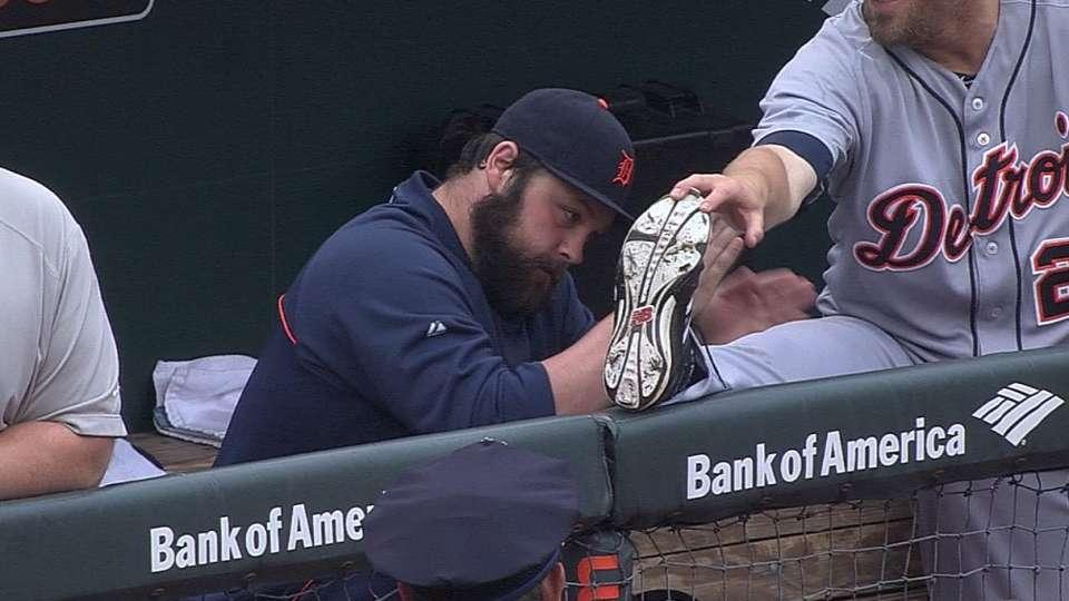 Joba dishes out pregame massage