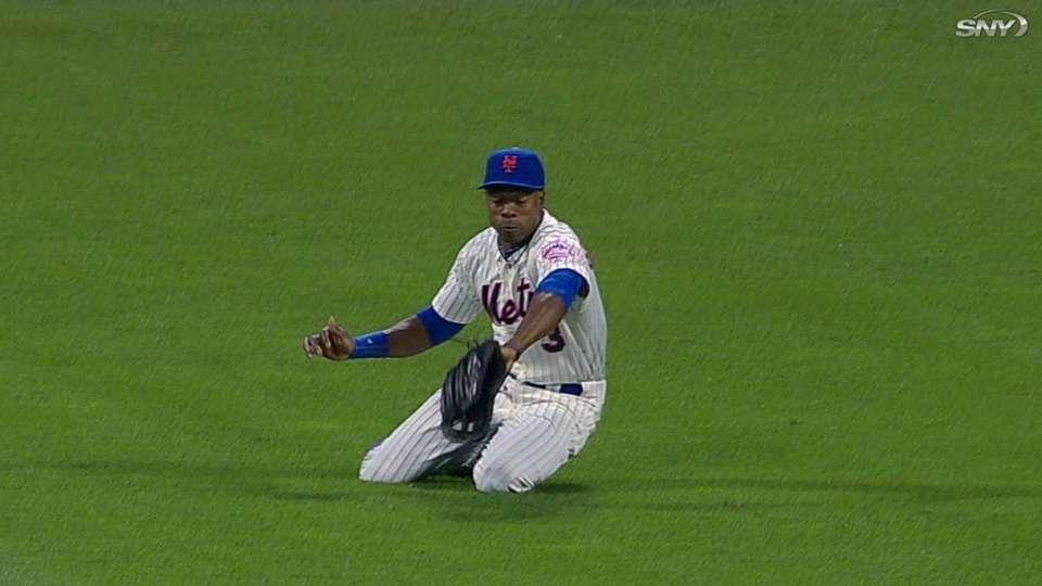 Granderson's inning-ending catch