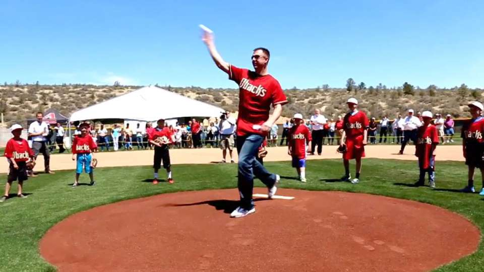 D-backs dedicate baseball field