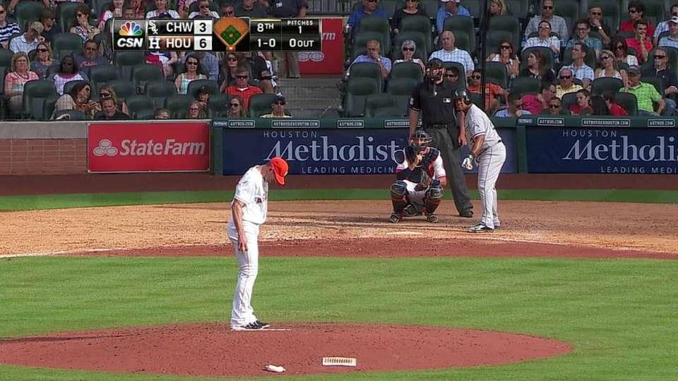 Farnsworth makes Astros debut