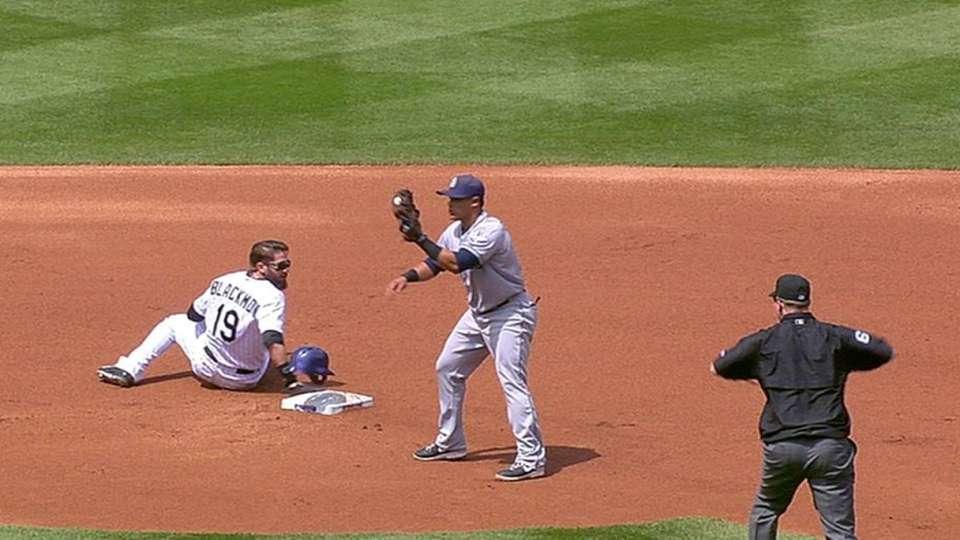 Padres challenge safe call