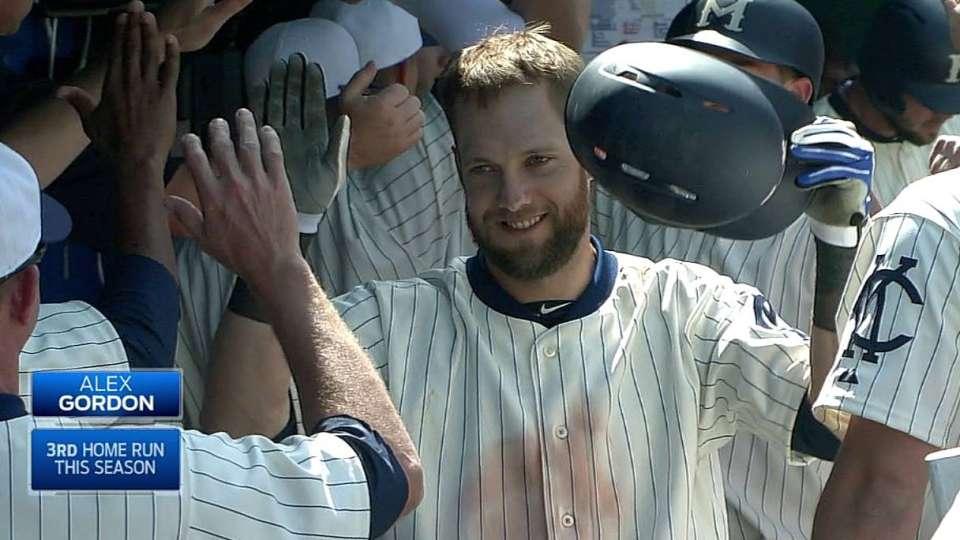 Gordon's second three-run homer