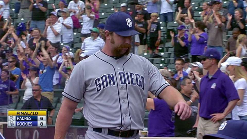 Padres lose on walk-off homer