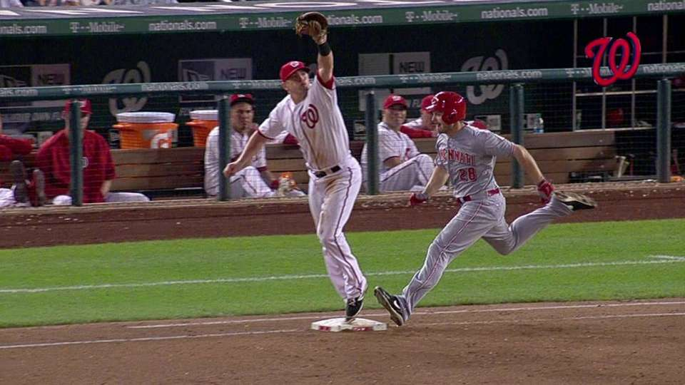 Rendon's amazing diving play
