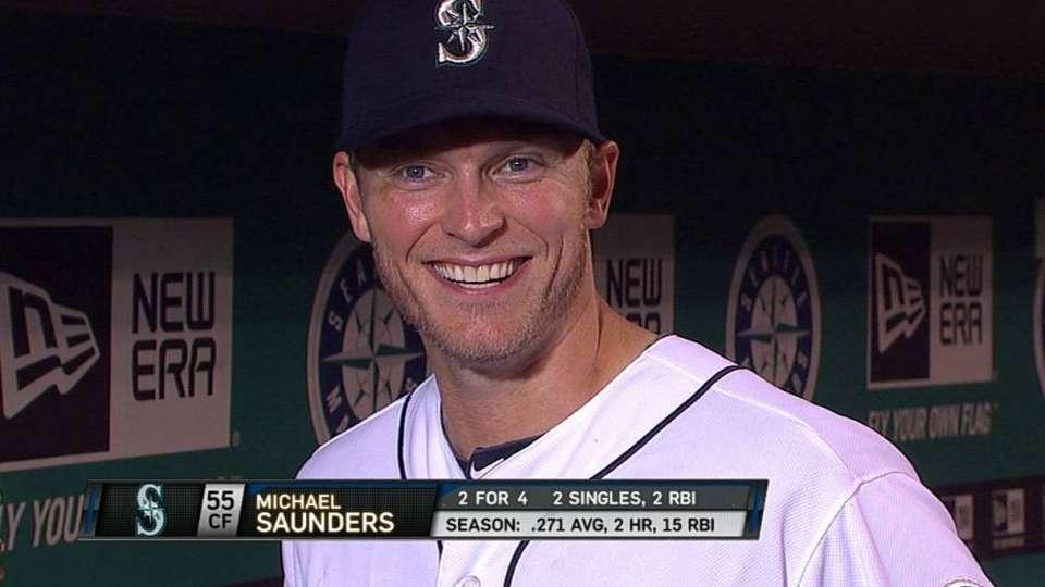 Saunders on go-ahead single