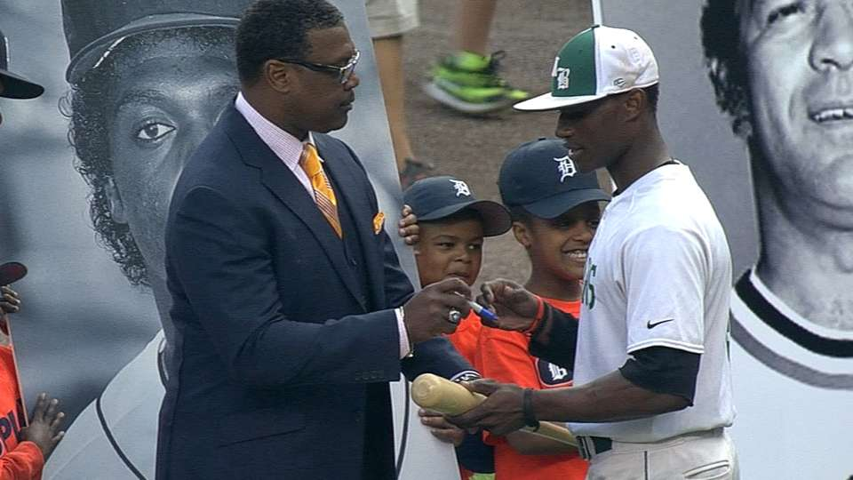 Tigers honor the Negro League